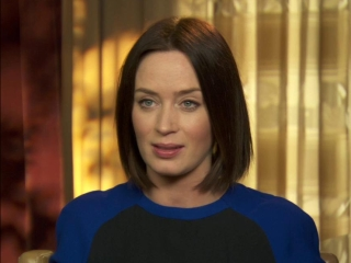 Looper Emily Blunt On Joseph Gordon-levitts Performance - Looper - Flixster Video