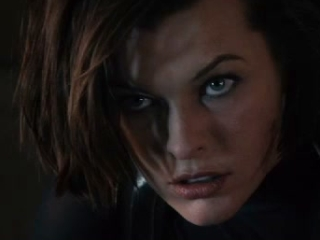 Resident Evil Retribution Red Square Spanish Subtitled