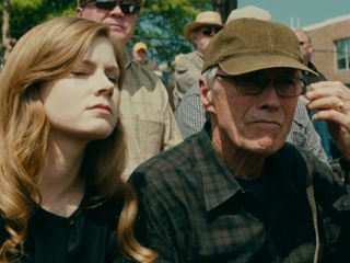 TROUBLE WITH THE CURVE: FATHERS AND DAUGHTERS (UK FEATURETTE)