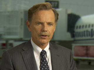 Flight Bruce Greenwood On The Script