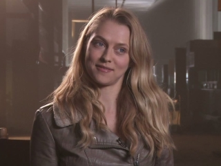 Warm Bodies Teresa Palmer On Julie And Rs Background Story - Warm Bodies - Flixster Video
