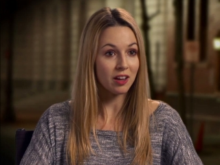 Broken City Alona Tal On Working With Mark Wahlberg As An Actor