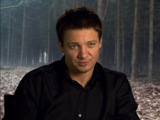Hansel  Gretel Jeremy Renner On The Plot