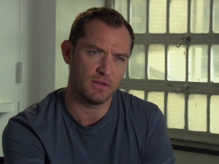 Side Effects Jude Law On The Films Social Commentary