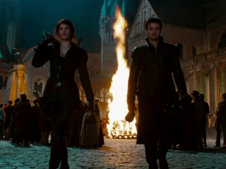 Hansel  Gretel Witch Hunters Uk Vengeance Greenband Trailer - Hansel and Gretel Witch Hunters - Flixster Video