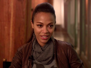 Star Trek Into Darkness Zoe Saldana On Asking Jj Abrams To Giver Unura More Action