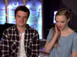 Epic Amanda Seyfried And Josh Hutcherson On Their Characters Relationship