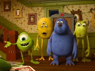 MONSTERS UNIVERSITY: PARTY CENTRAL (SPANISH)