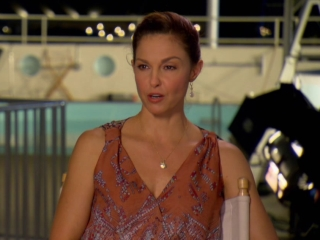 Dolphin Tale 2: Ashley Judd On How Winter And The Films Touch People