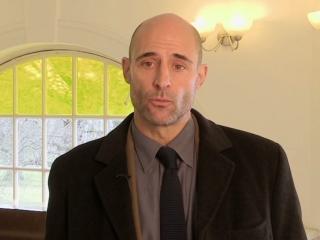 Before I Go To Sleep: Mark Strong On Dr. Nasch's Dilemma