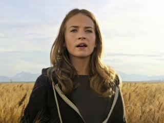 Tomorrowland: Athena (Featurette)