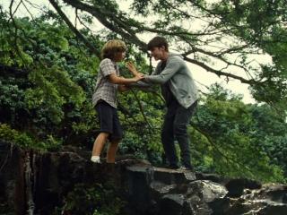 Jurassic World: The Kids Run From Indominous Rex