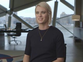 The Martian: Mackenzie Davis Talks About Her Character