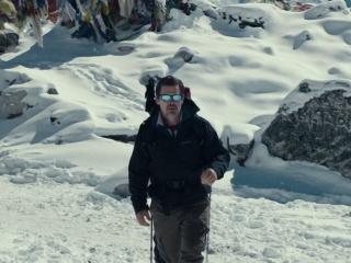 Everest: Climbing Everest (Featurette)