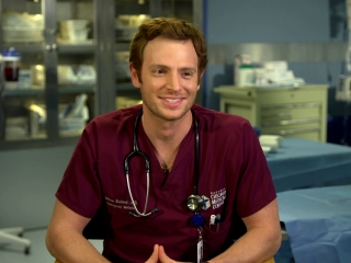 Chicago Med: Nick Gehlfuss On The Series