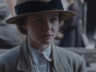 Suffragette: Taking George (Featurette)