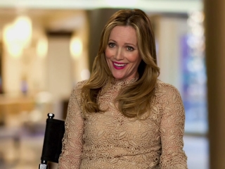 How To Be Single: Leslie Mann On Her Character Meg