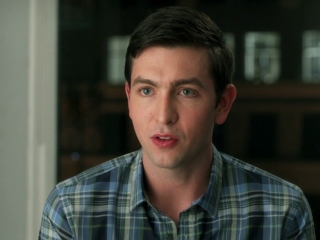 How To Be Single: Nicholas Braun On His Character Josh