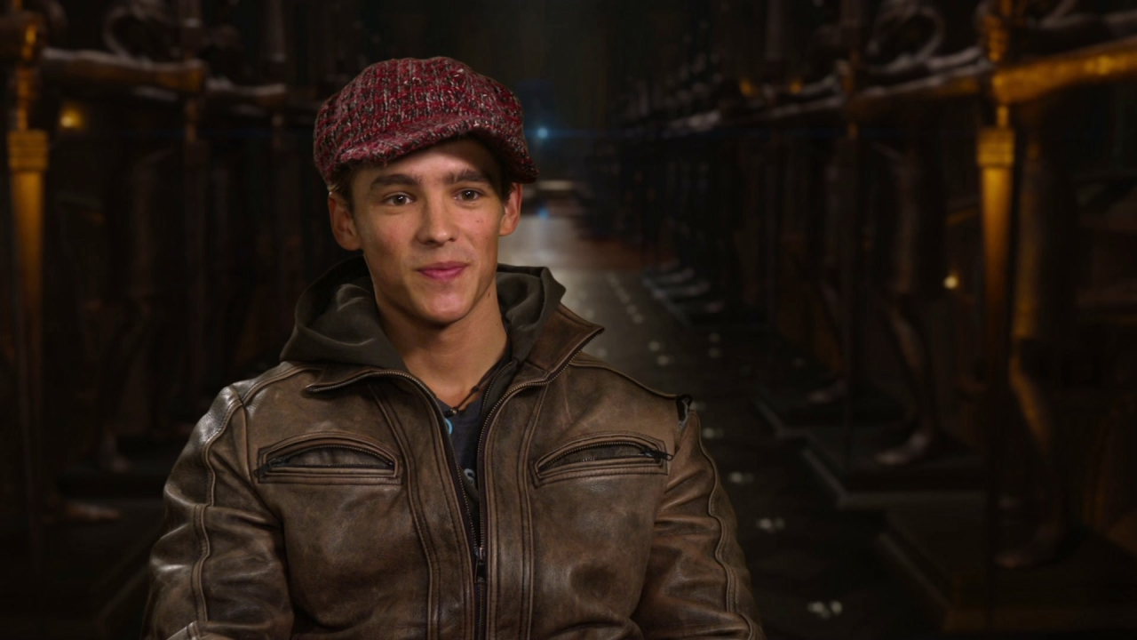 Gods Of Egypt: Brenton Thwaites On His Character Bek And His Role In The Story