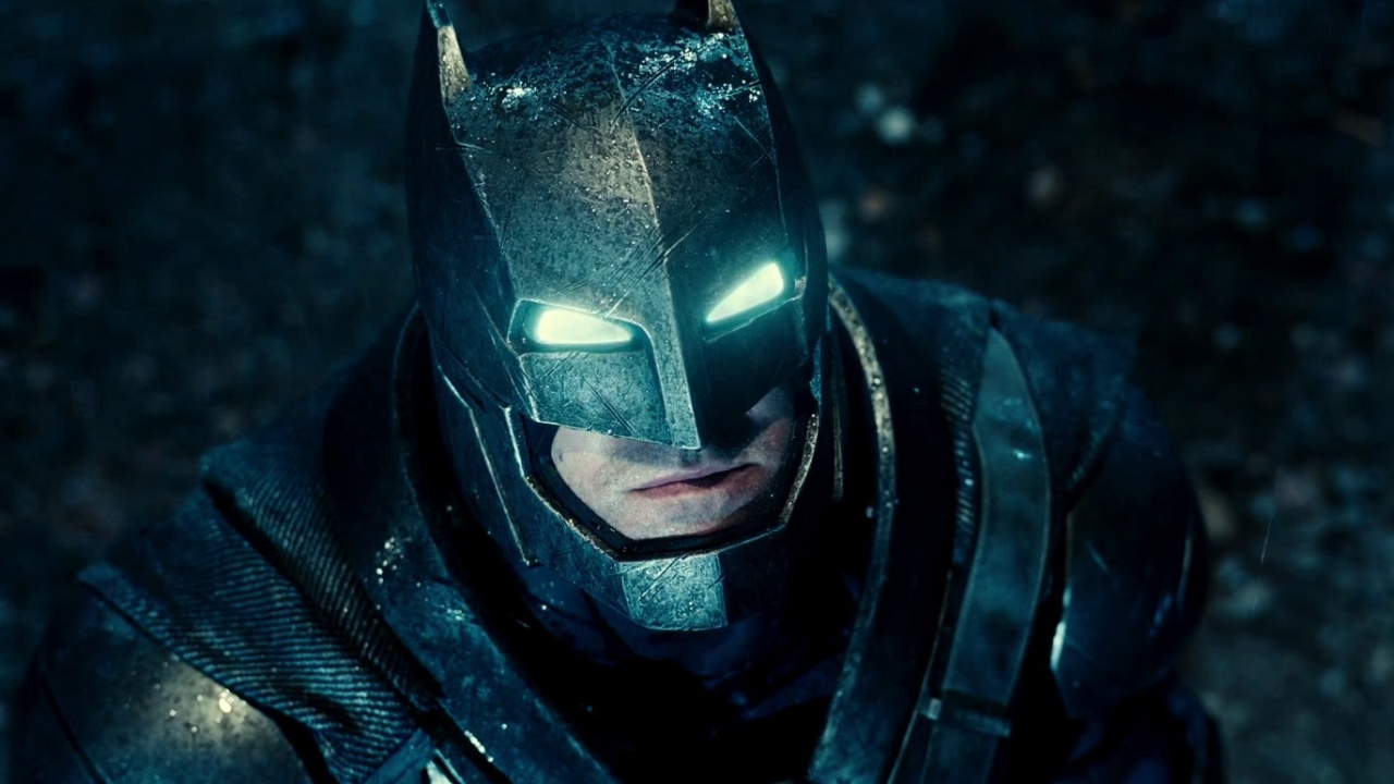 Batman V Superman: Dawn Of Justice: Out Of The Gate (TV Spot)