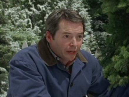 Deck The Halls Scenes: Christmas Tree