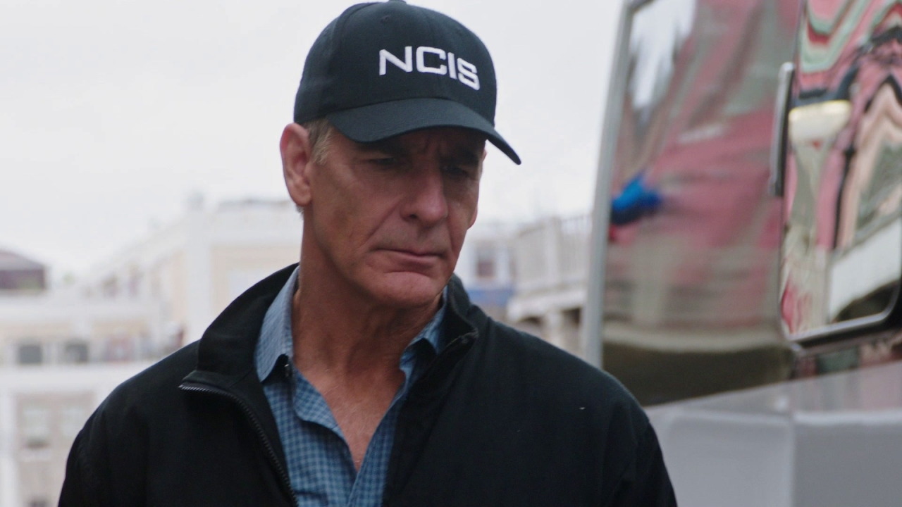 Ncis: New Orleans: If It Bleeds, It Leads