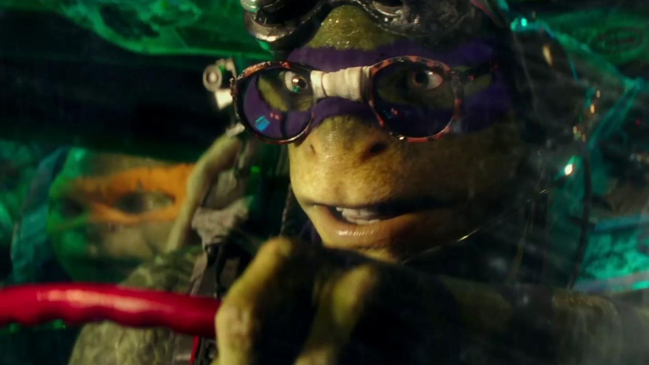 TEENAGE MUTANT NINJA TURTLES: OUT OF THE SHADOWS (UK Trailer 1)