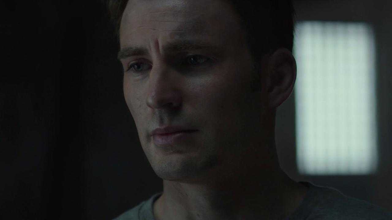 Captain America: Civil War (International Trailer 1)
