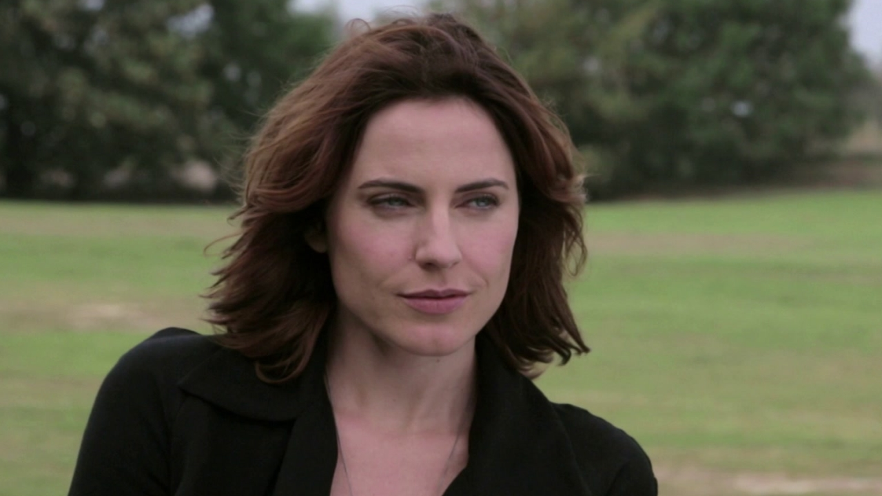 Criminal: Antje Traue On Her Character's Skills