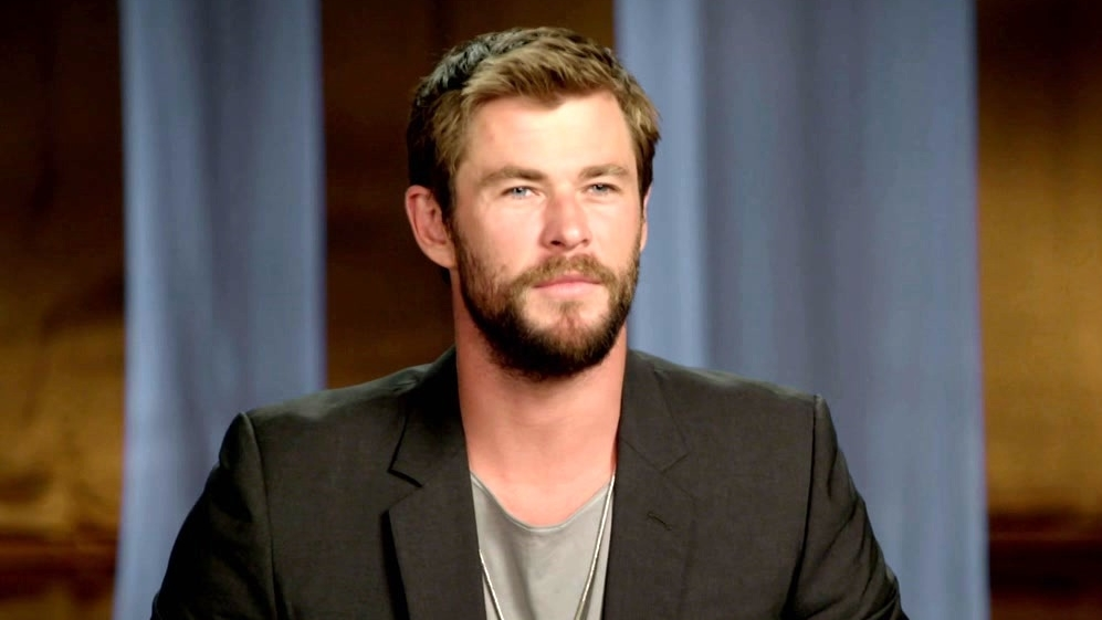 The Huntsman: Winter's War: Chris Hemsworth On The Backstory Revealed In The Film