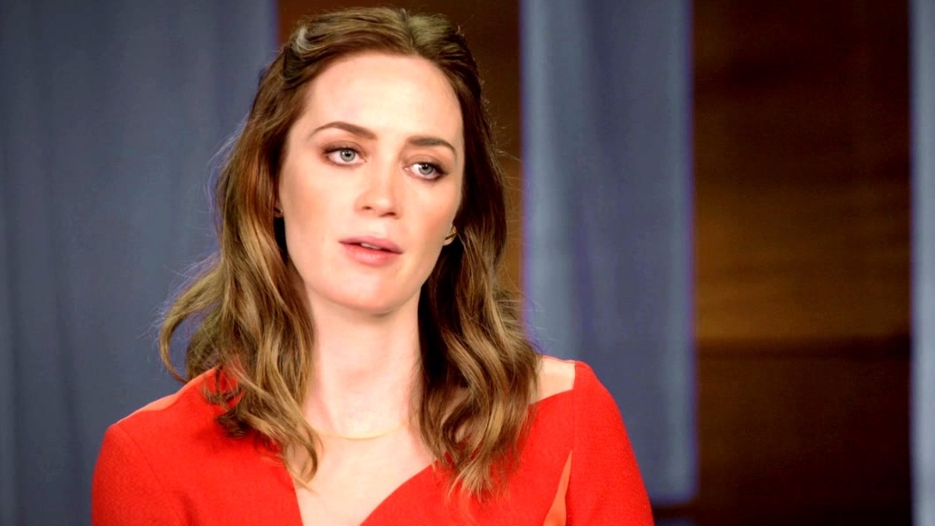 The Huntsman: Winter's War: Emily Blunt On Her Character 'Freya' Discovers Her Powers