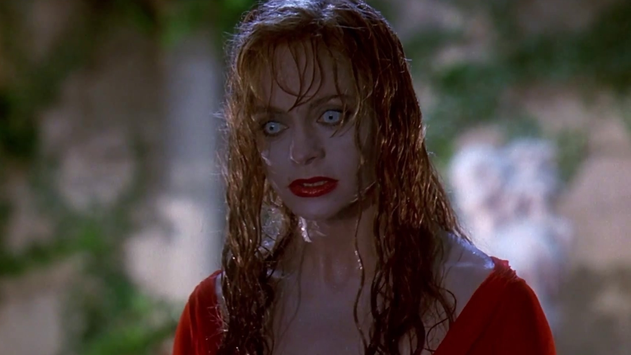 Death Becomes Her: We See Right Through Goldie Hawn