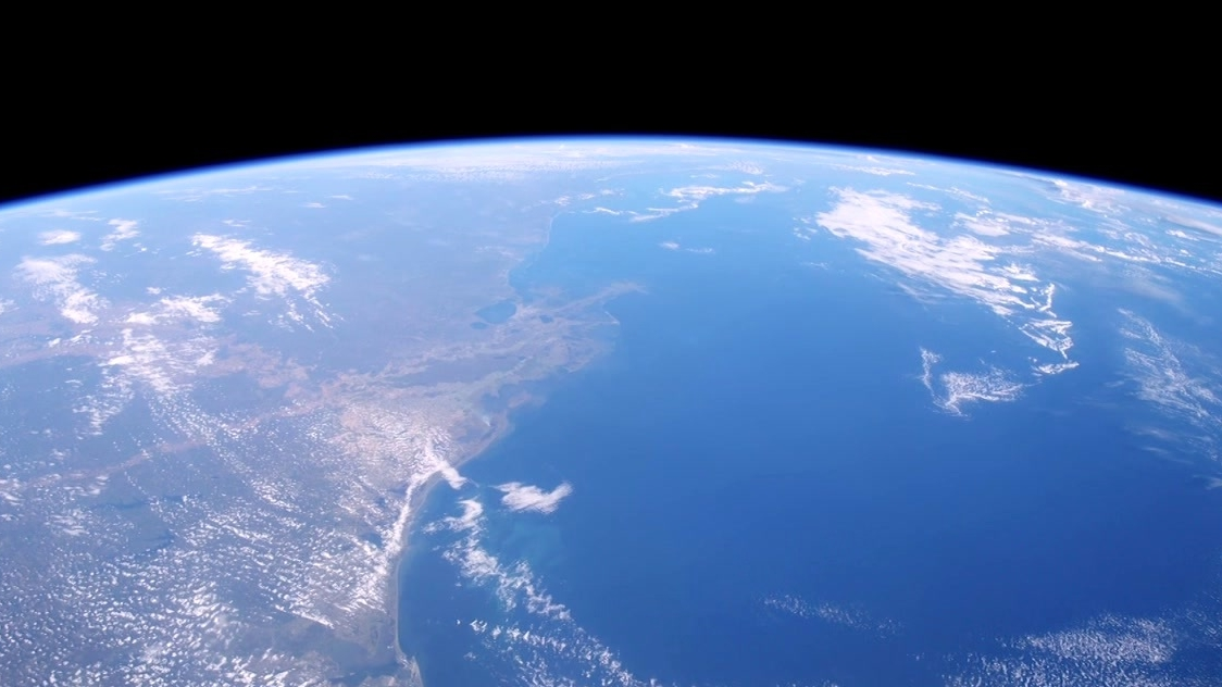A Beautiful Planet: A Global Scale
