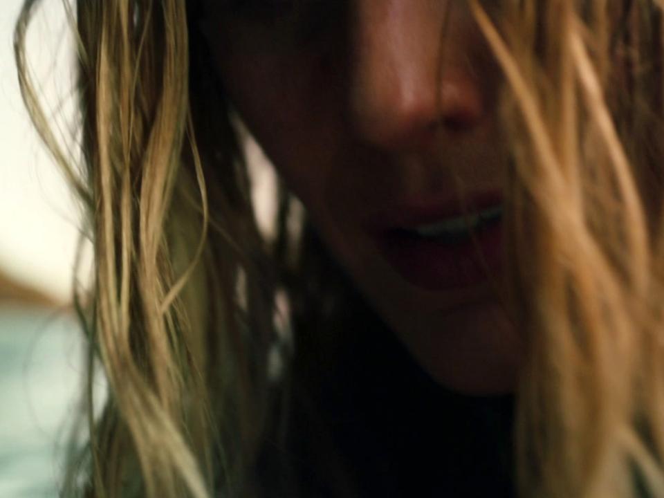 The Shallows (International Trailer 1)
