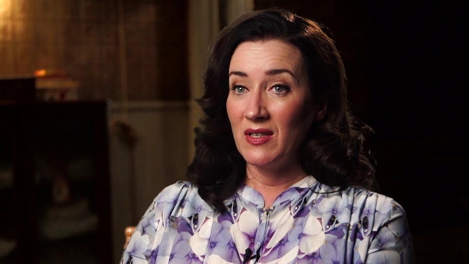 The Conjuring 2: Maria Doyle Kennedy On Peggy Nottingham's Relationship With The Hodgsons