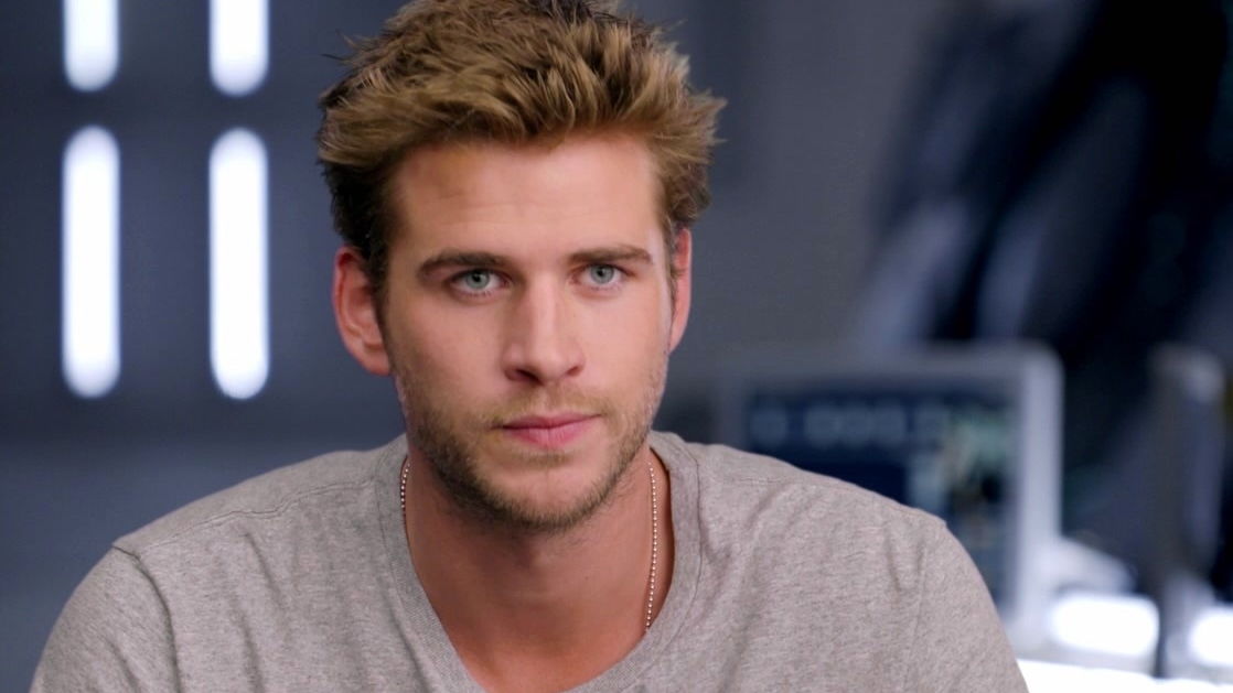 Independence Day: Resurgence: Liam Hemsworth On His Character