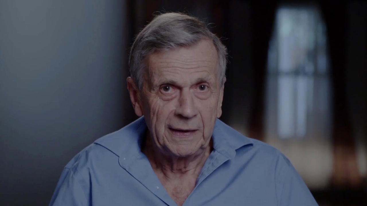 The X-Files: The Making Of A Struggle: Cigarette Smoking Man