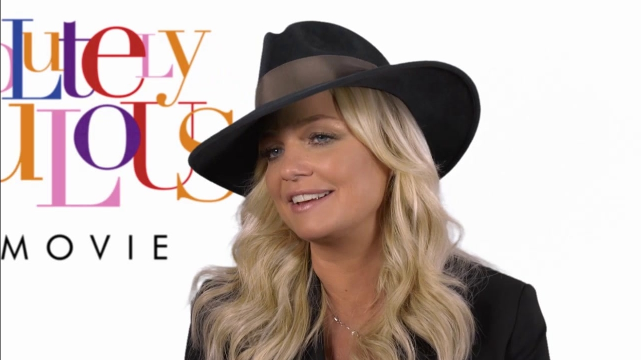 Absolutely Fabulous: The Movie: Fashion (US Featurette)