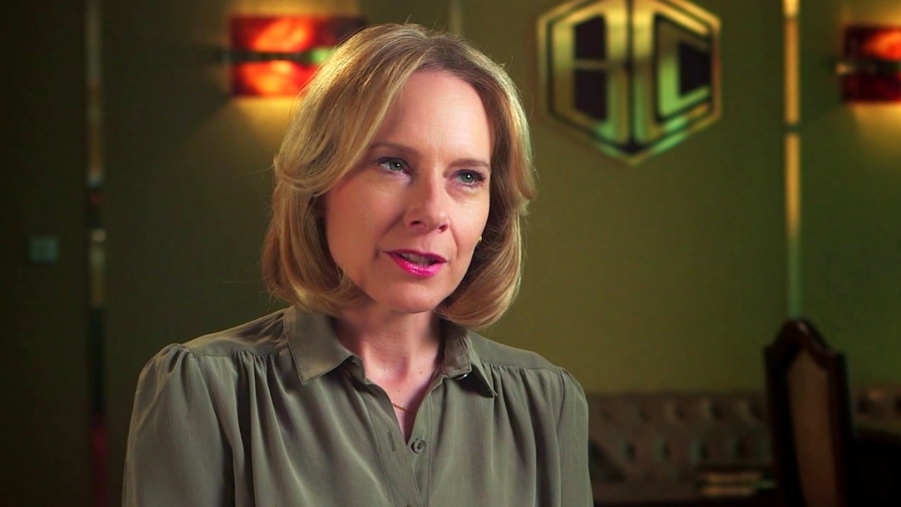 The Infiltrator: Amy Ryan On Getting Involved