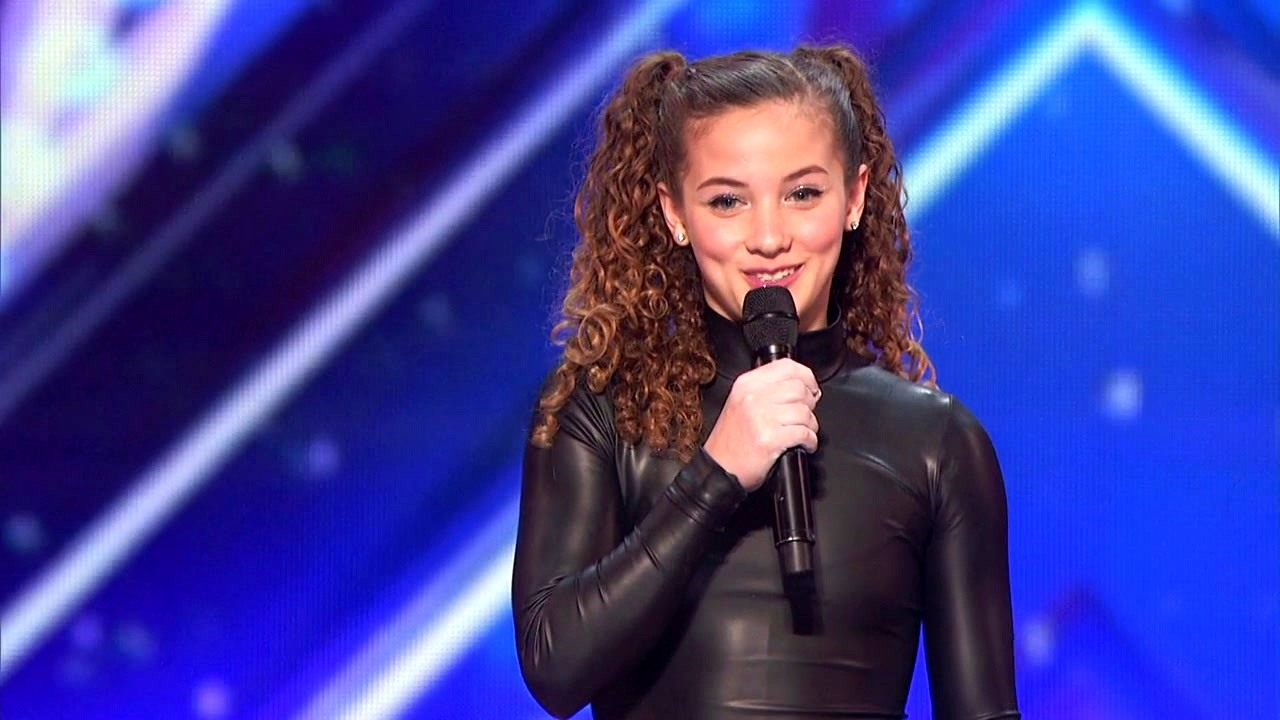 America's Got Talent: Sofie Dossi