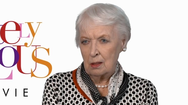 Absolutely Fabulous: The Movie: June Whitfield On What Is Special About Jennifer Saunders (US)