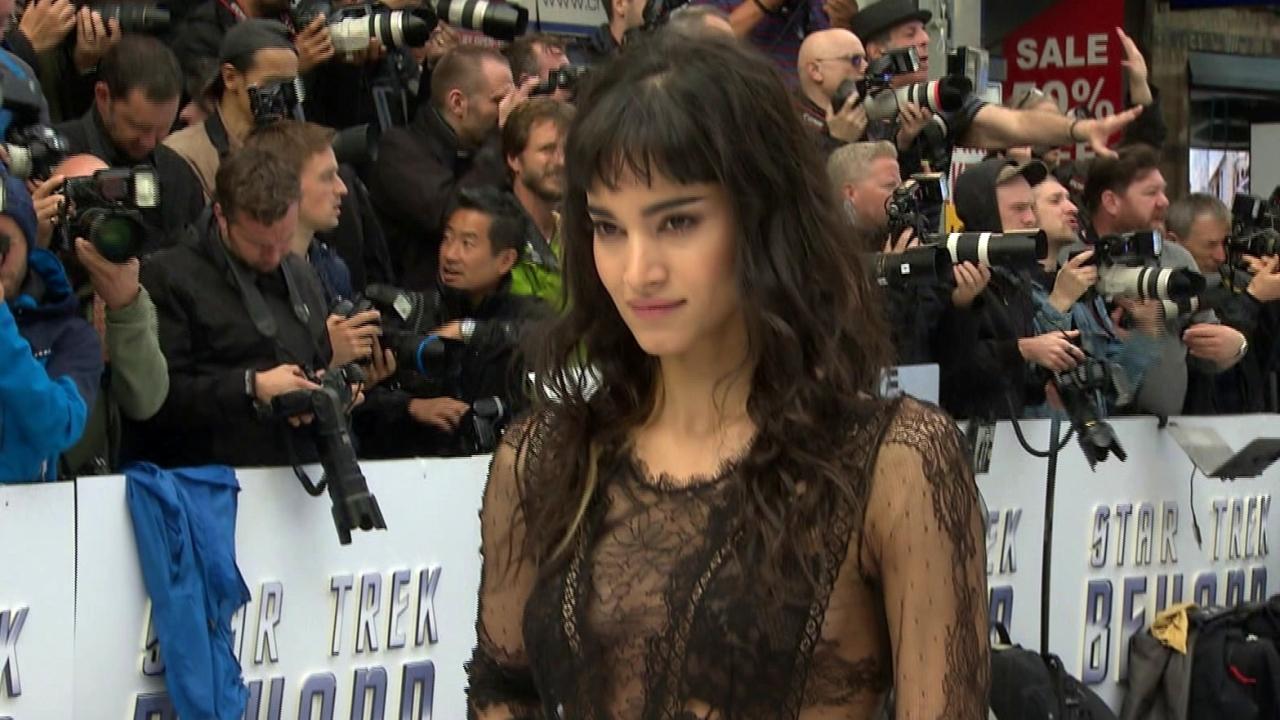 Star Trek Beyond: London Premiere (Featurette)