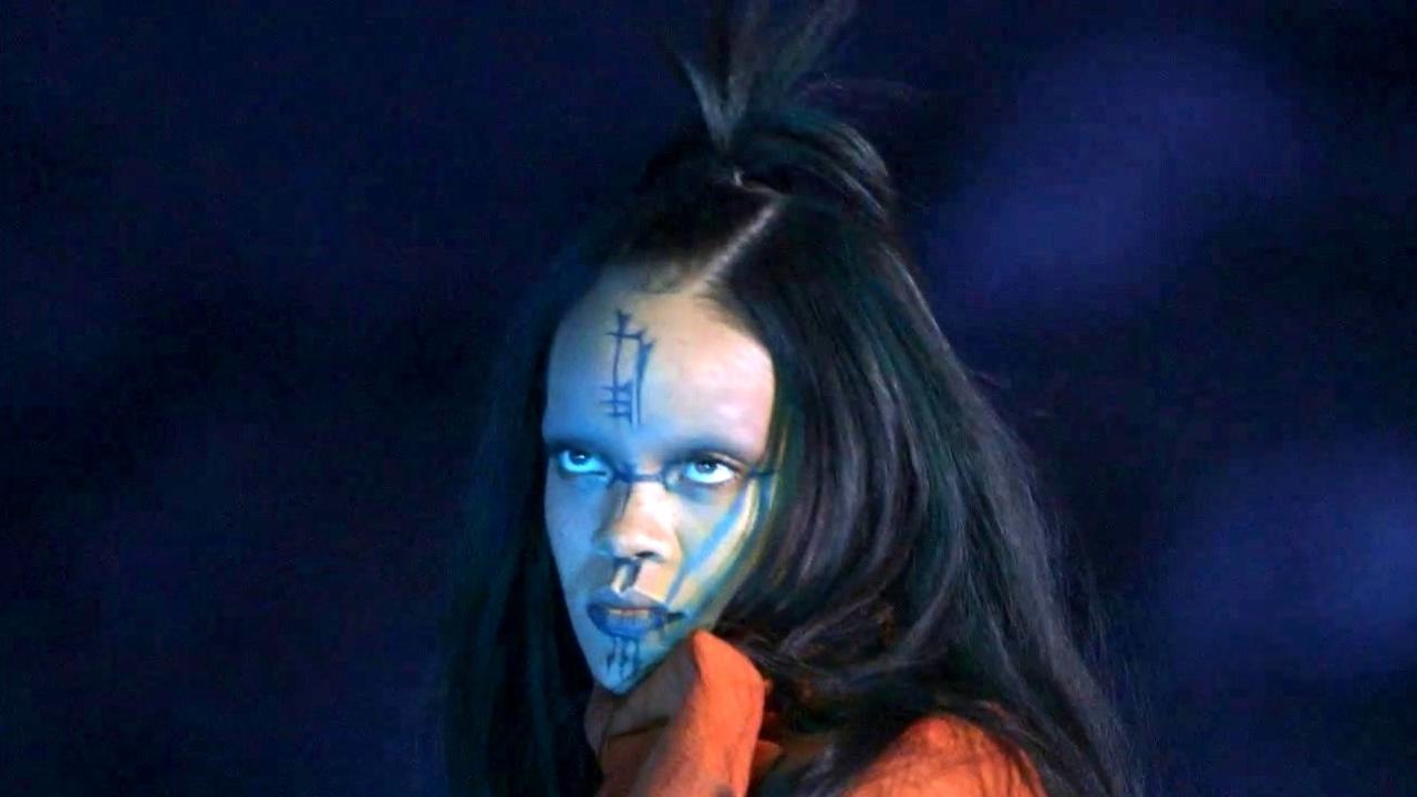 Star Trek Beyond: The Making of Sledgehammer Music Video Featurette (International)