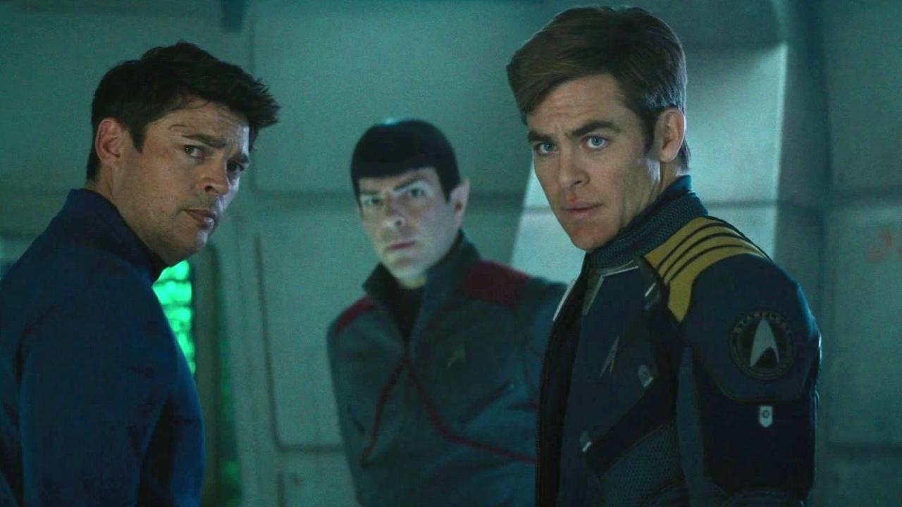 Star Trek Beyond: Captain Kirk (Featurette)