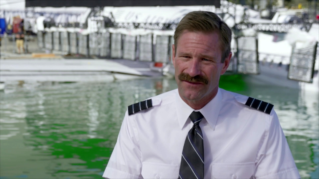 Sully: Aaron Eckhart On His Character