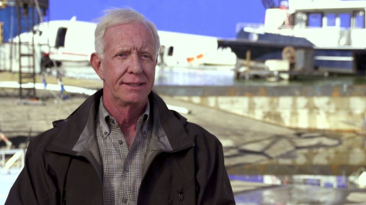 Sully: Captain Chesley 'Sully' Sullenberger On The Day Of The Crash