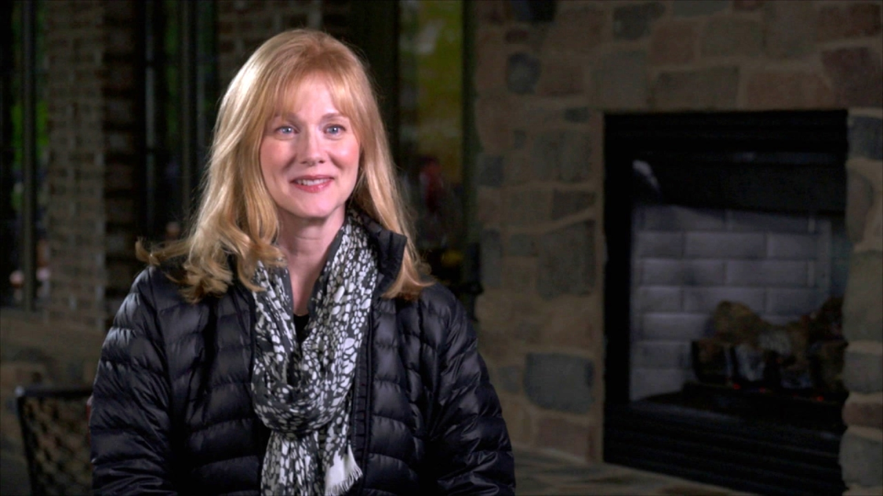 Sully: Laura Linney On Her Character