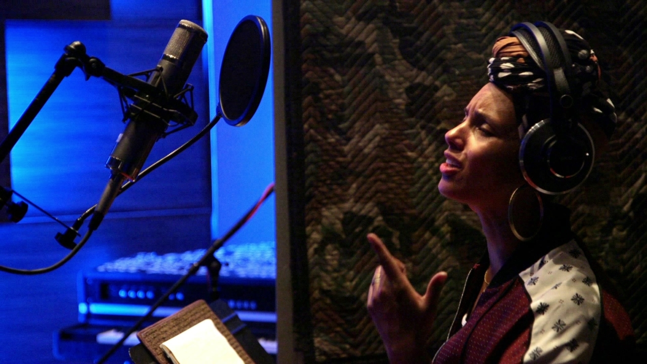 Queen Of Katwe: Alicia Keys Back To Life (Featurette)