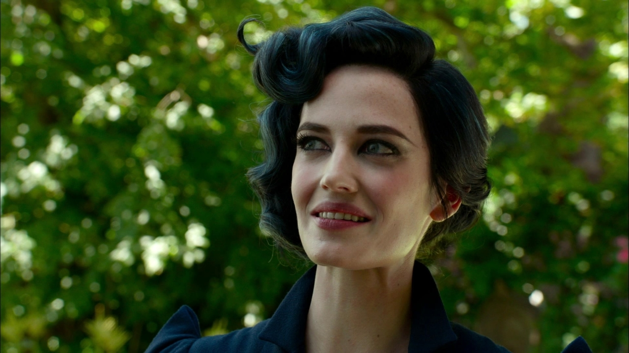 Miss Peregrine's Home For Peculiar Children: Some People Are Peculiar