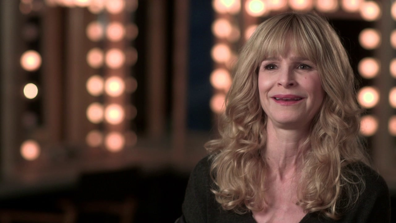 The Edge Of Seventeen: Kyra Sedgwick On Her Character 'Mona'